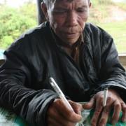 Danau Toba, Sumatra, na wyspie Samosir wymieniamy się adresami