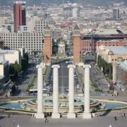 inny ogólny widok z Montjuïc, kolumny, takie tam.